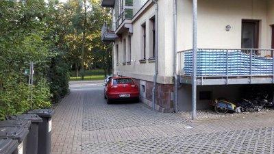 ruhige dachgeschosswohnung mit balkon zwickau